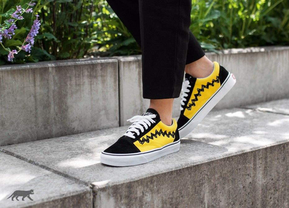 vans peanuts on feet