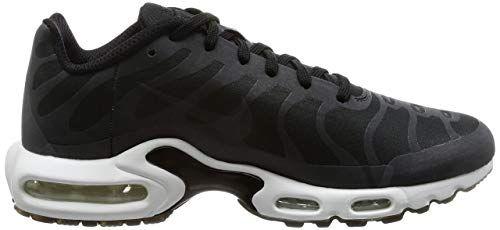 sports shoes eaf79 0ea9b Amazon.com  Nike Mens Air Max Plus Ns GPX, BlackWhite  Running
