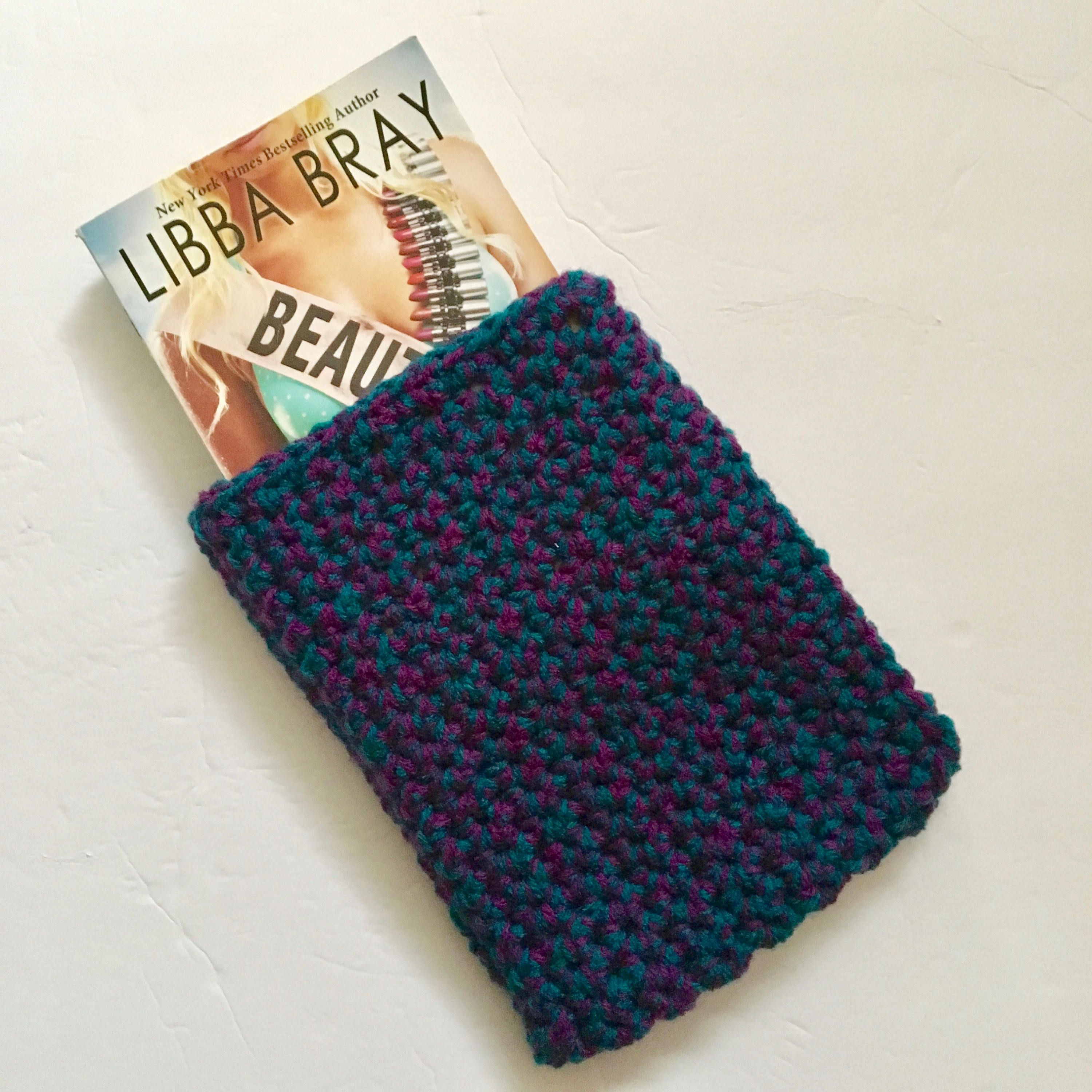 Free Crochet Paperback Book Cover Pattern ~ Blue purple crochet book sleeve protect hard cover and