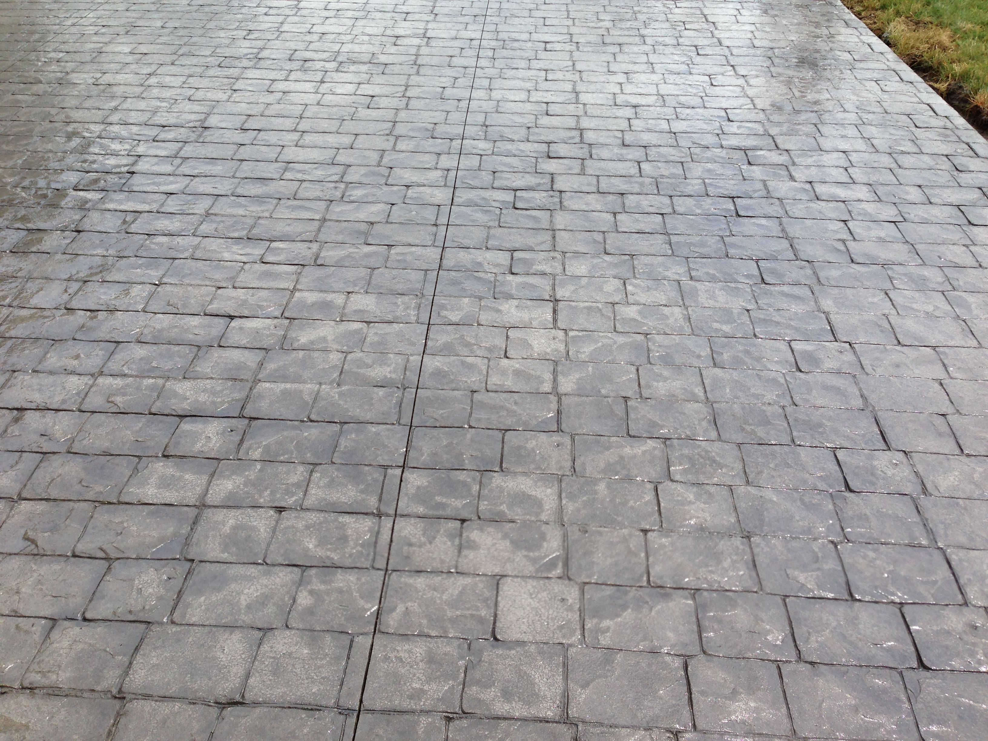 London Cobblestone Patio in Willoughby Ohio