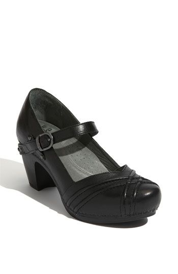 mary comfortable womens medium in comforter biss strap black velcro gabor flats mozimo jane shoes