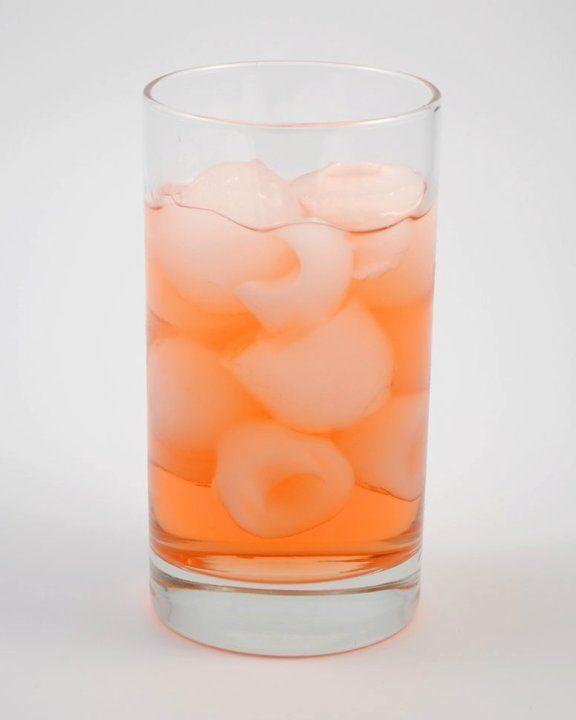 Tatanka    1 1/4 oz Zubrowka (Bison Grass Vodka)  1/2 oz Cinnamon Schnapps  4 oz Apple Juice