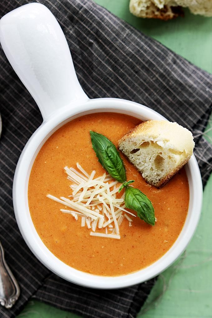 Slow Cooker Tomato Basil Parmesan Soup   via Le Creme de la Crumb