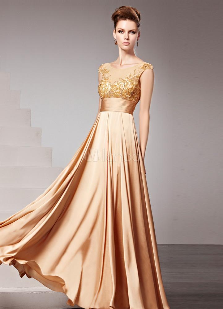 Vestido color dorado noche