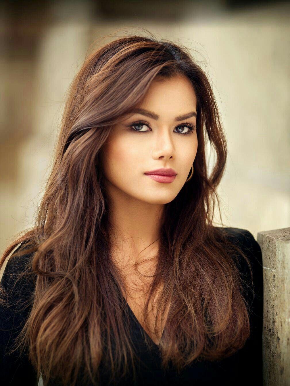 women are so beautiful