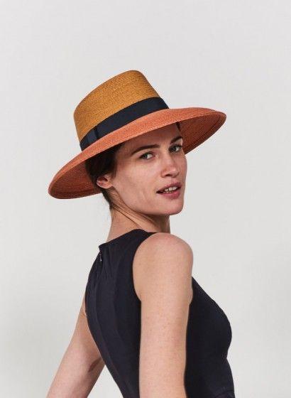 plus près de nouveaux produits chauds utilisation durable Le lookbook de la collection de chapeaux de mariage ...