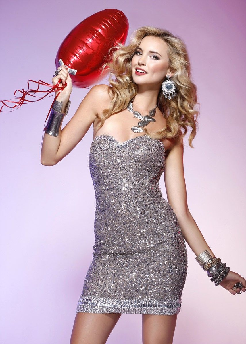 Classic hollywood glam look plus checkout our pinterest prom
