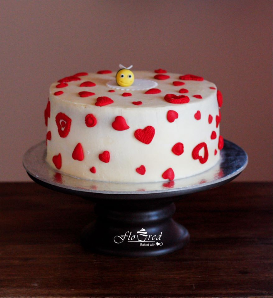 A Valentines Day cake for your loved one..!