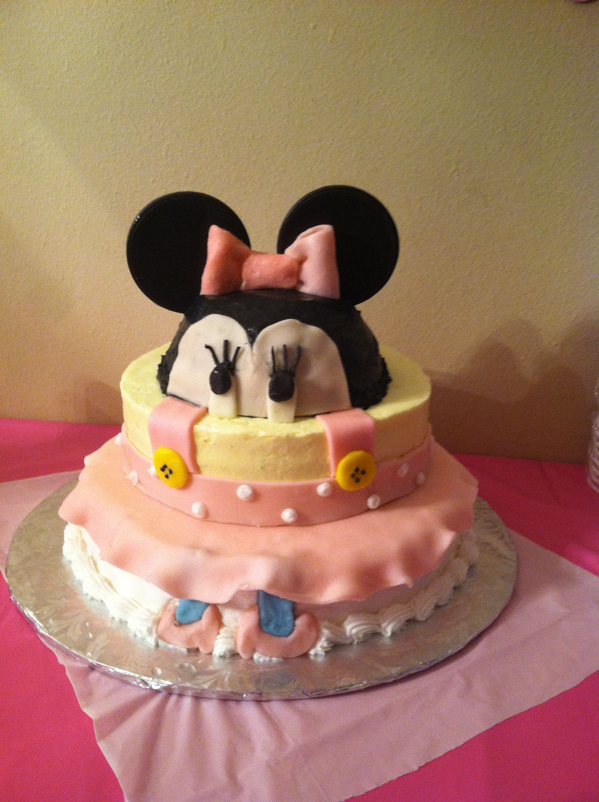 My niece, Anika's , 1st birthday cake, top layer is French