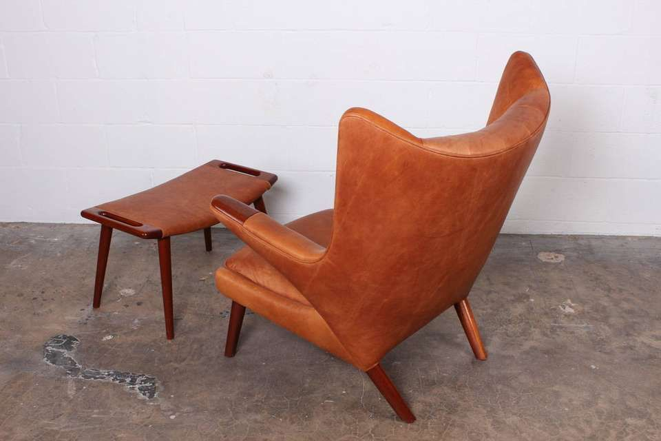 Prime Leather Papa Bear Chair And Ottoman By Hans Wegner In 2019 Ibusinesslaw Wood Chair Design Ideas Ibusinesslaworg