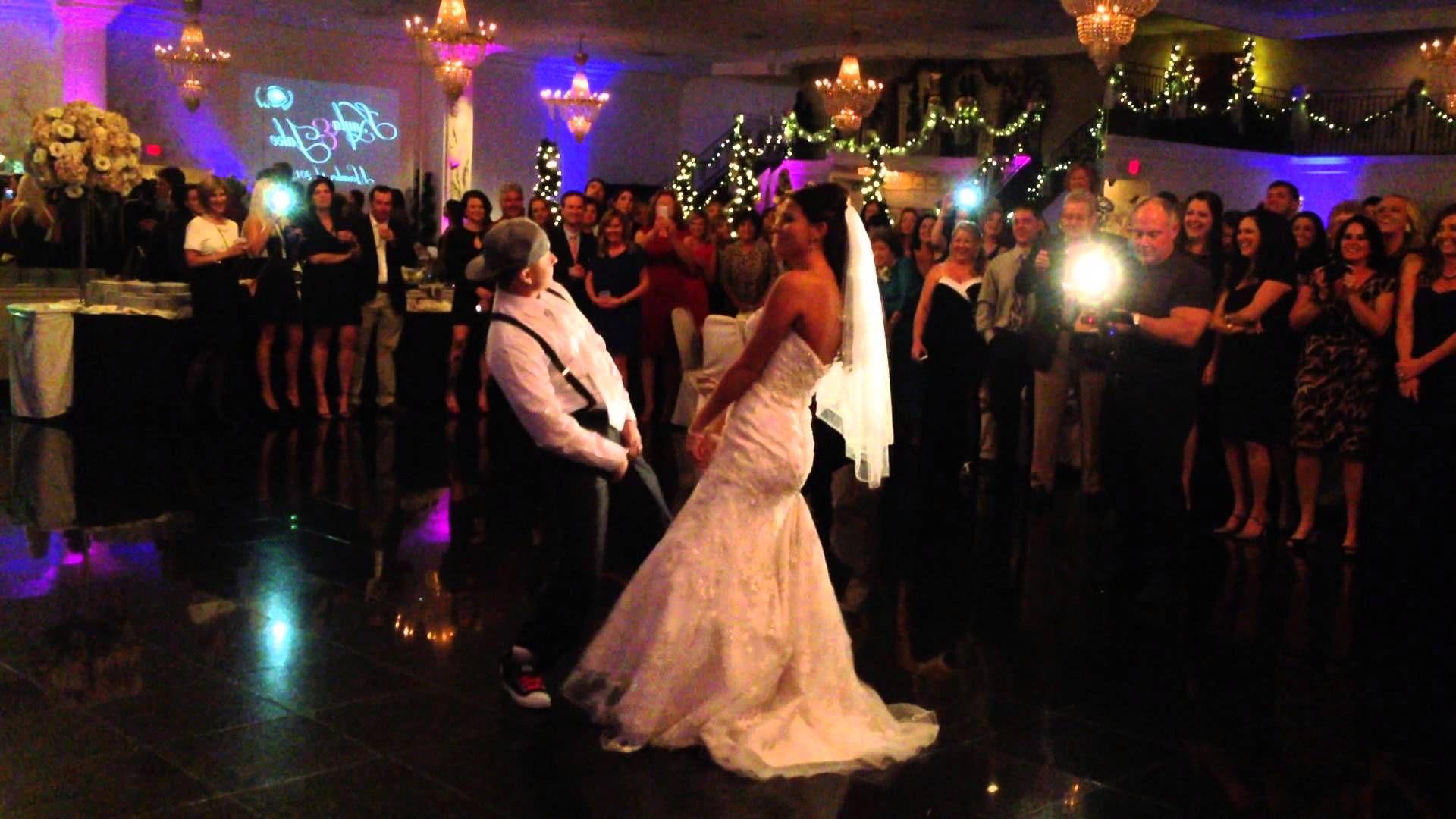 BEST SURPRISE HIP HOP WEDDING FIRST DANCE EVER BRUNO MARS