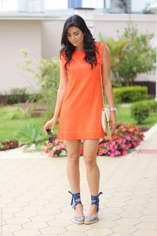 3da6c9be04 look vestido laranja e espadrille fashion estilo moda borboletas na  carteira-6