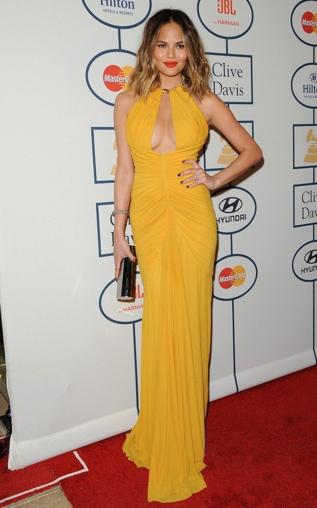 Always Trending A Yellow Dress And A Red Lip Yellow Dress
