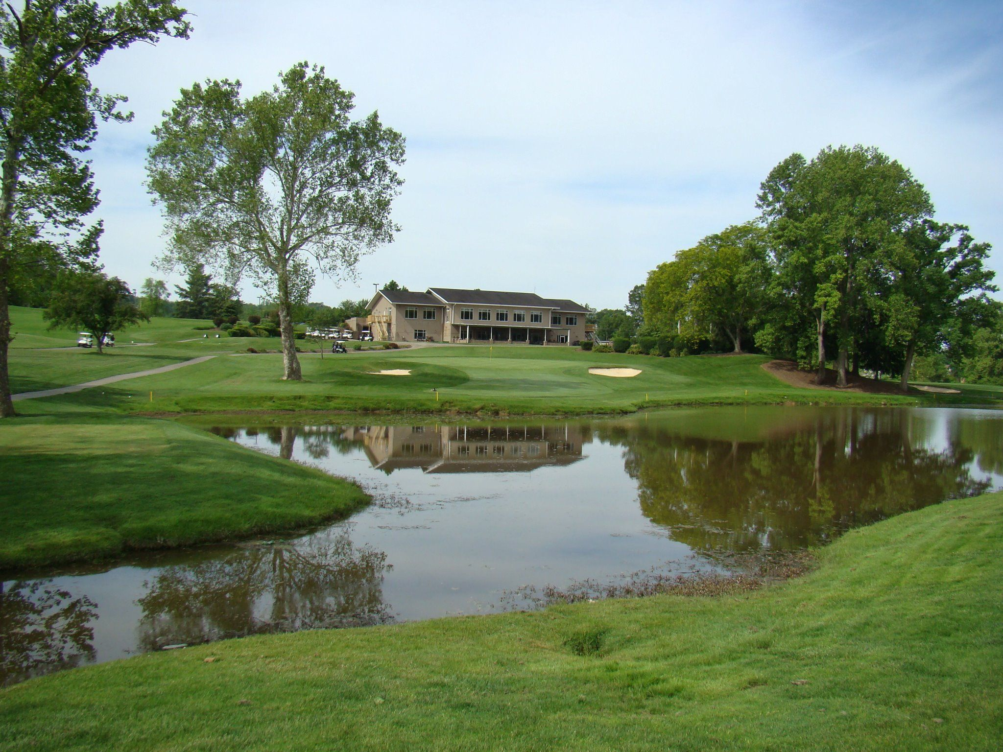 Sleepy Hollow Golf Club Hurricane Wv Hole 9 Looking At The Club House West Virginia Golf Courses Favorite Places