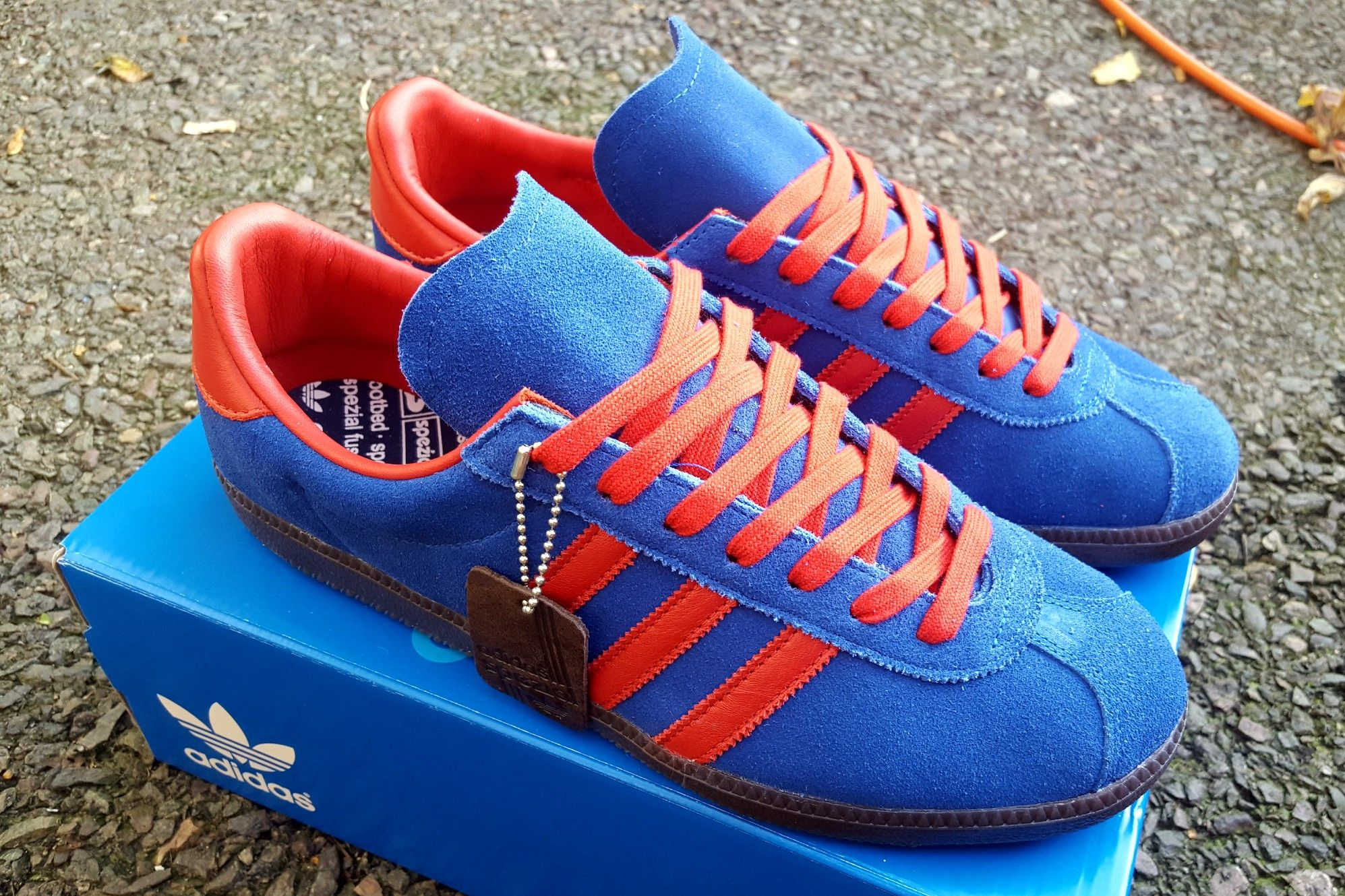 fd20982c0461 Adidas Spiritus Spezial 2017 look even better with the red laces ...