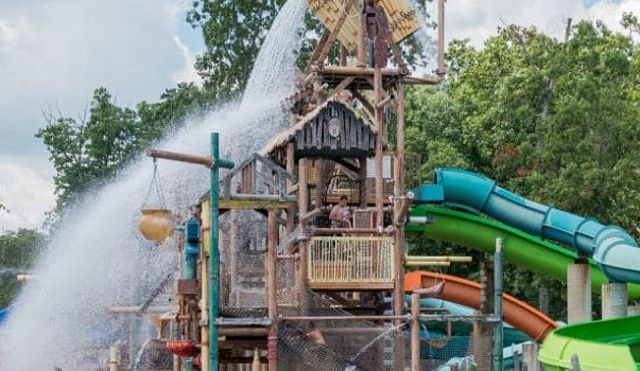 The 8 Best Rides At Six Flags New Jersey S Hurricane Harbor