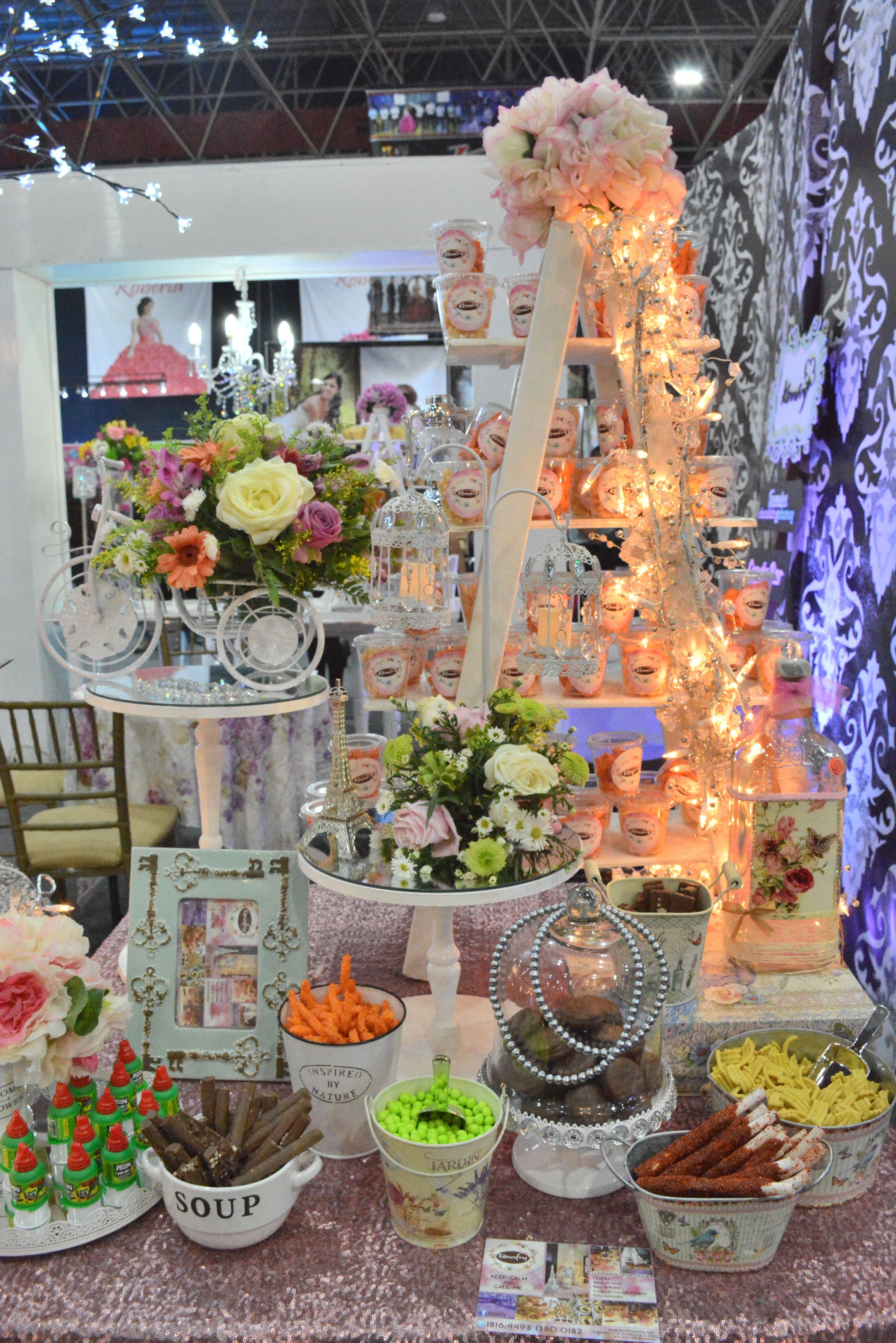 Mesa de dulces para quince a os quincea os quince xv for Decoracion mesas dulces