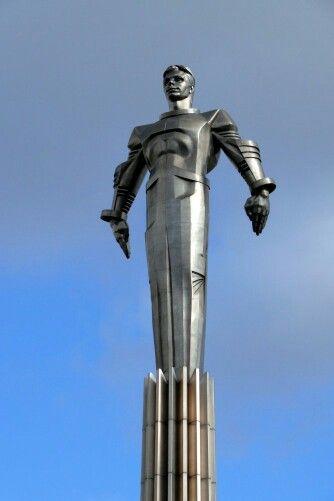 Sputnik Statue , Moscow   Art Deco/ Nouveau/ Streamline Moderne ...