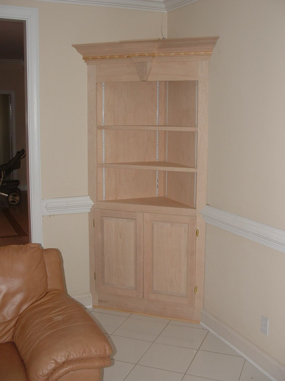 Using kitchen cabinets in the bathroom for storage for Corner kitchen cabinet