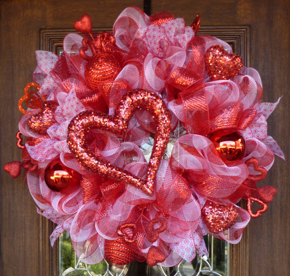 Deco Mesh VALENTINE\'S DAY Wreath with HEARTS | Wreaths, Etsy and Craft
