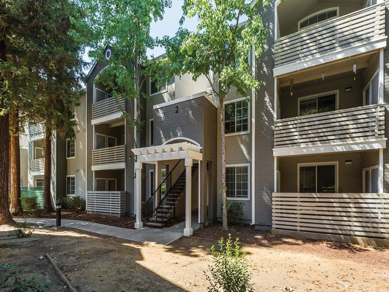Saybrook Pointe Apartment Homes in San Jose, CA. Saybrook Pointe Apartment Homes has rental units ranging from 768-1289 sq ft starting at $2022.