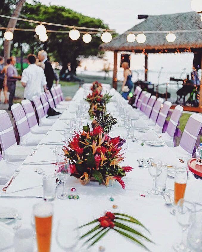 Simple Flower Table Setting Fiji Sheraton Hawaii Destination
