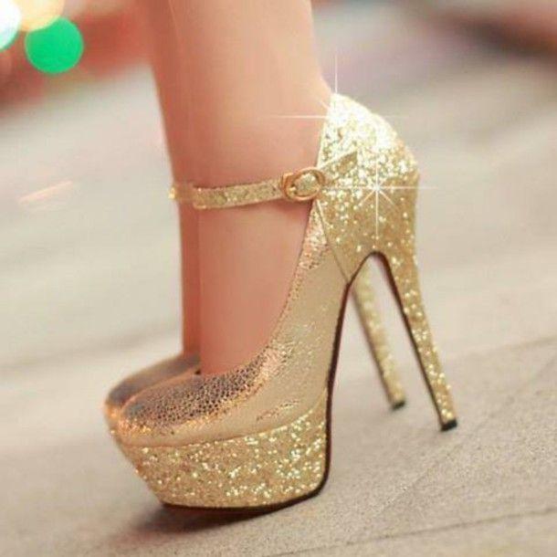 38e5720b3abc Elegant golden heels