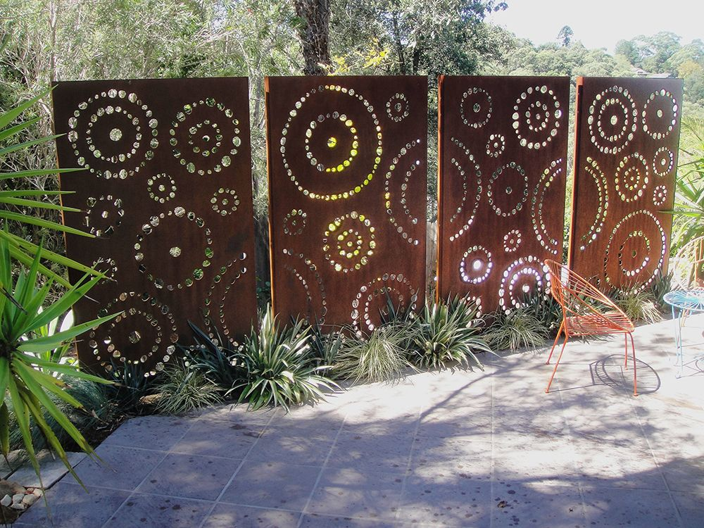Metal decorative panels outdoor for Rustic outdoor privacy screens