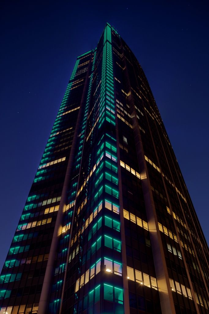 paris 690 foot tall montparnasse tower lit up in led lights that can change colors and. Black Bedroom Furniture Sets. Home Design Ideas