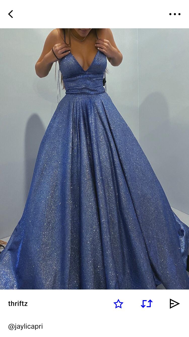 Pin By Alessa Caroline Gama On Beauty Stunning Prom Dresses Prom Dresses Long Blue Trendy Prom Dresses [ 1334 x 750 Pixel ]
