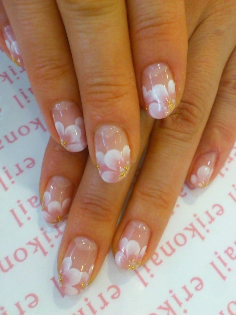 Beautiful cherry blossom or sakura flower nails by erikonail ( 桜の ...