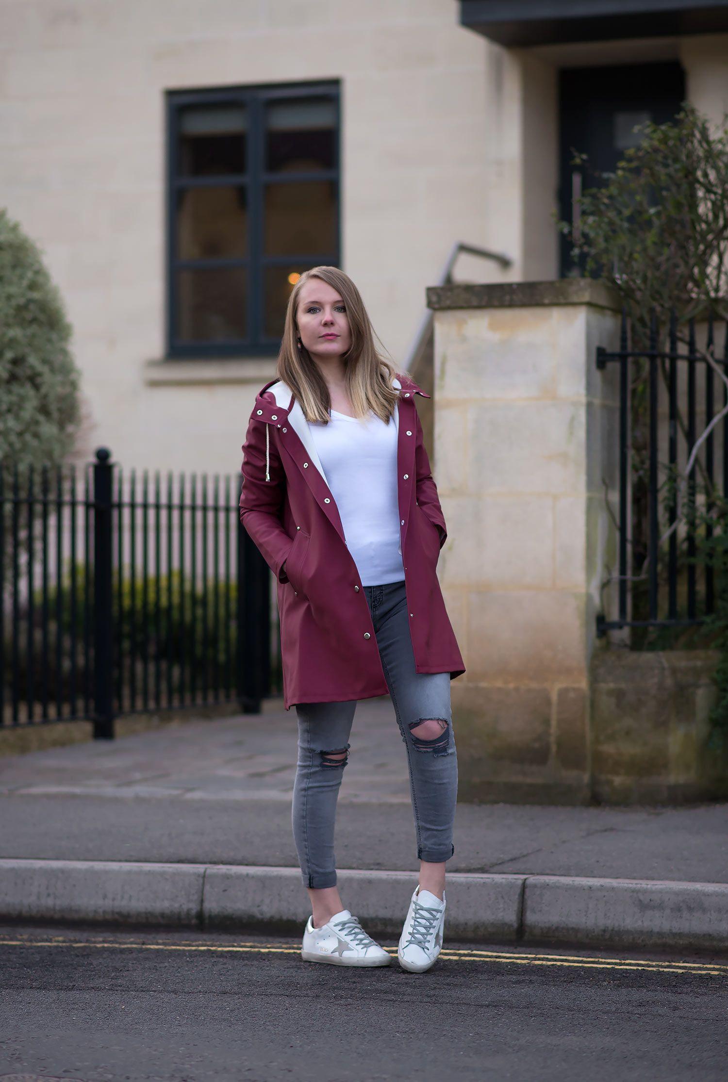 7d636c8de9 Stutterheim Mosebacke Burgundy Raincoat Review + Outfit