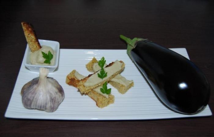 Régime Dukan (recette minceur) : Caviar d'aubergines sans toléré et ultra simple #dukan http://www.dukanaute.com/recette-caviar-d-aubergines-sans-tolere-et-ultra-simple-1103.html