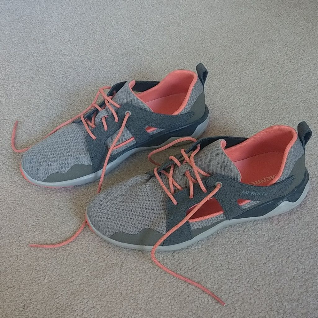 Gently Used Grey And Coral Light Weight
