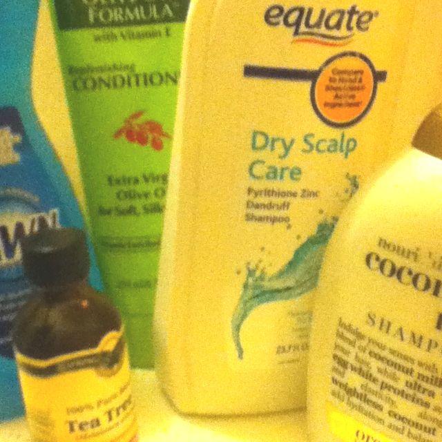 Homeade Lice shampoo: Small Amount - 2 tablespoons Tea Tree