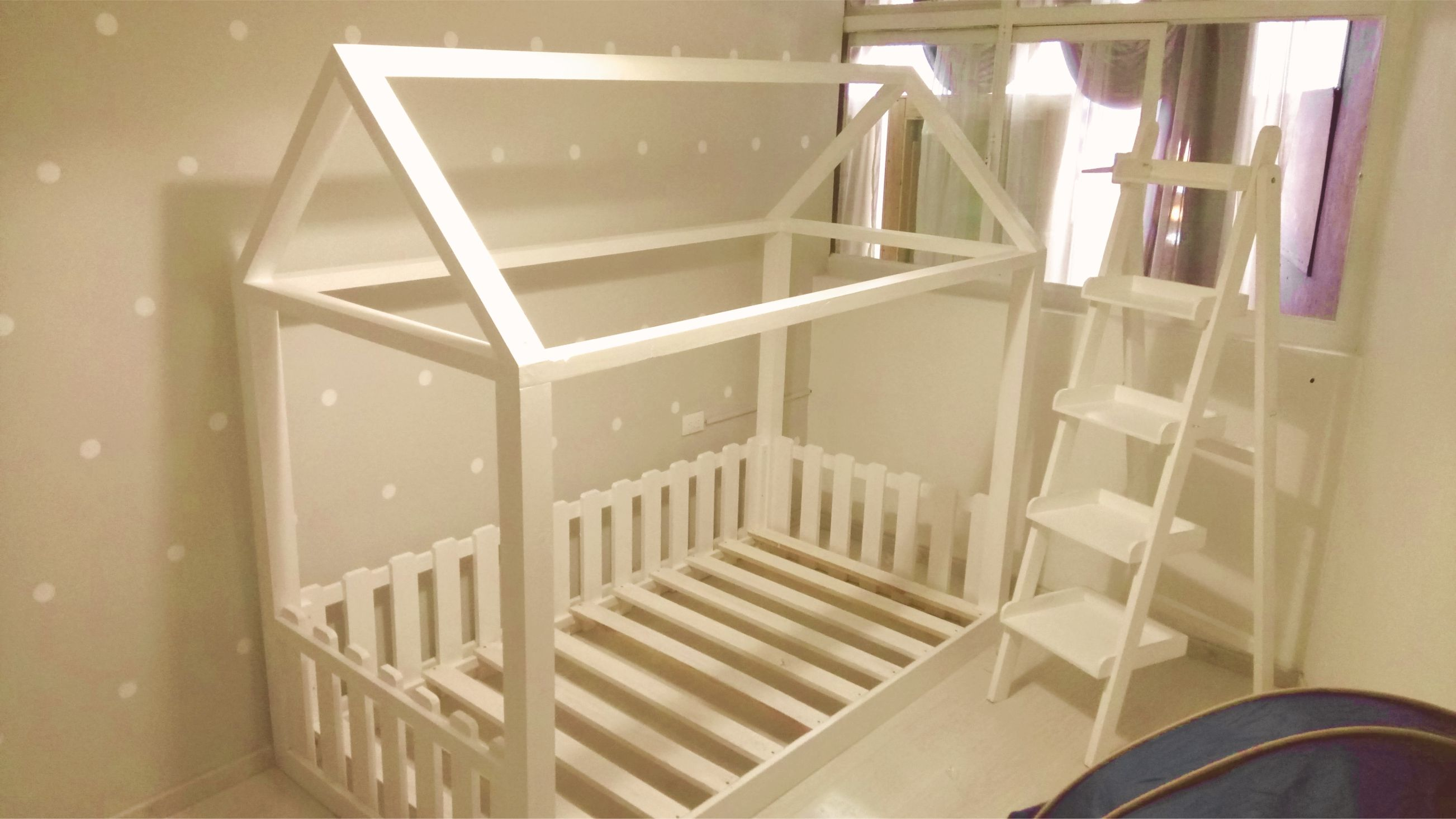Nuevo diseño pensado en los peques. Al estilo vintage. Síguenos en facebook: https://www.facebook.com/mueblesvintagenial #vintage #bebe #retro #muebles #kids #cuna #infantil