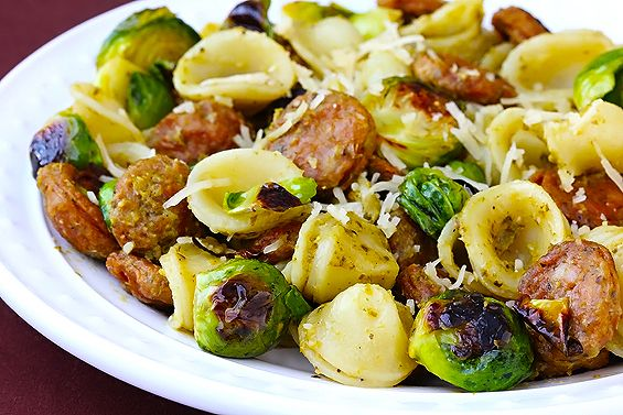 pesto pasta with chicken sausage and brussels sprouts