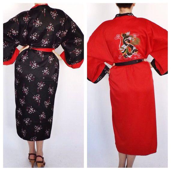 vintage kamono embroidered black red Asian