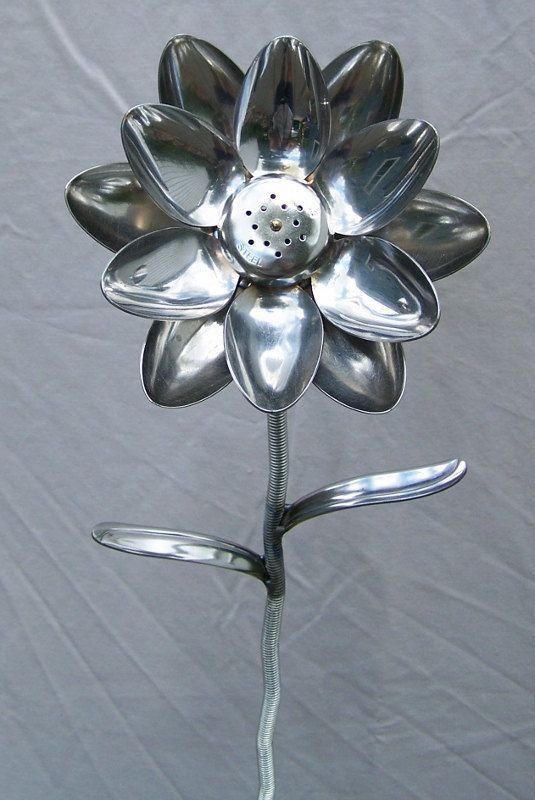 1000 Ideas About Plastic Spoon Art On