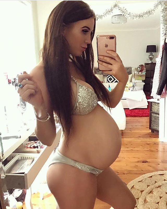 Pin By M S On Sexy Pregnant Girls-3012