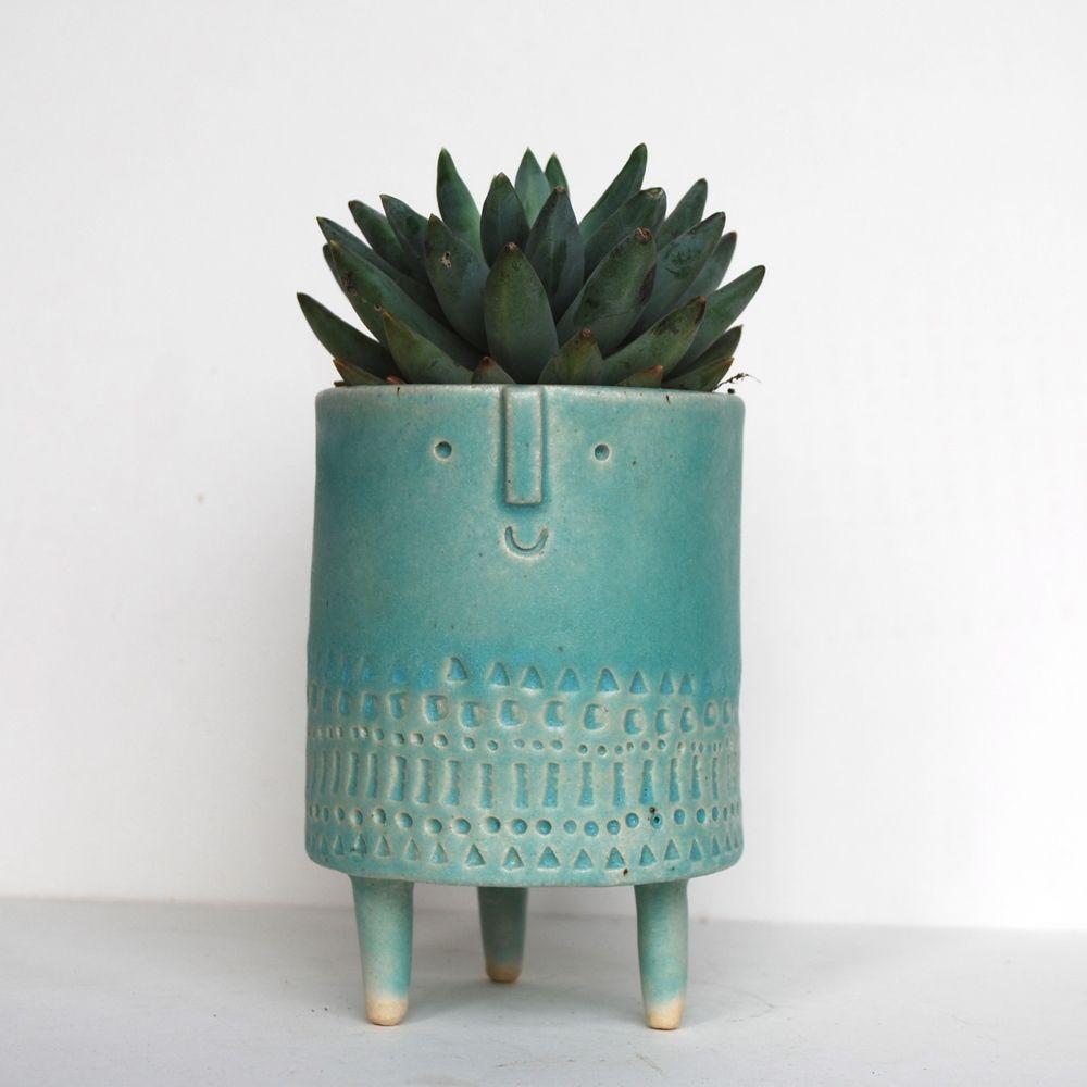 Image of Medium tripod planter in matt turquoise