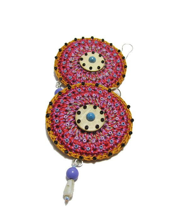 Crochet earrings Big earrings round mustard by perlinedisaggezza, €25.00