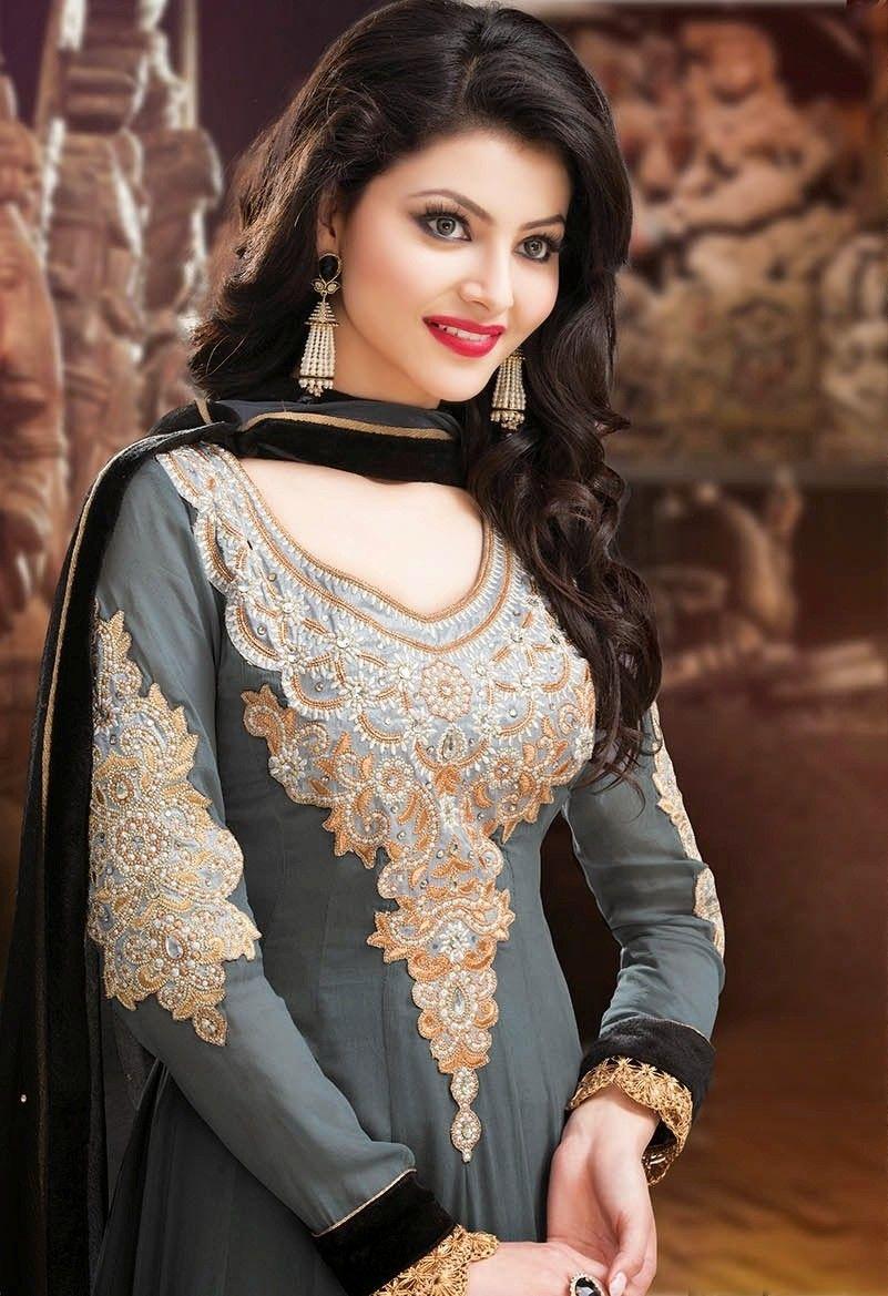 Urvashi Rautela Full Hd Photos Images Pics