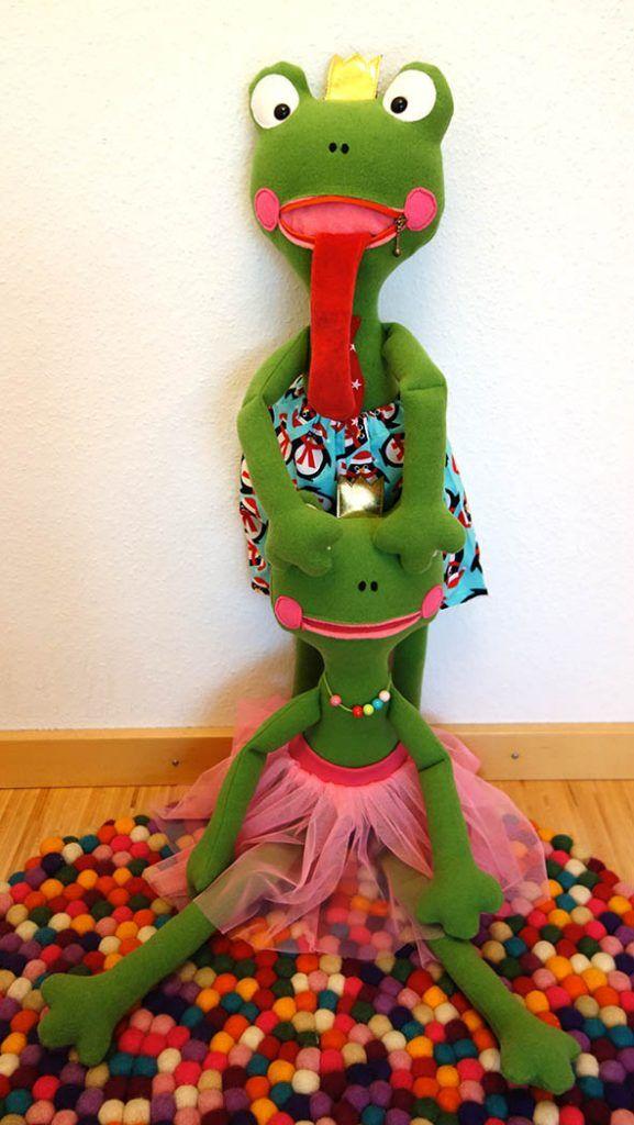 Franz & Franzi Froschpuppe nähen :: bernina   sewing for kids ...