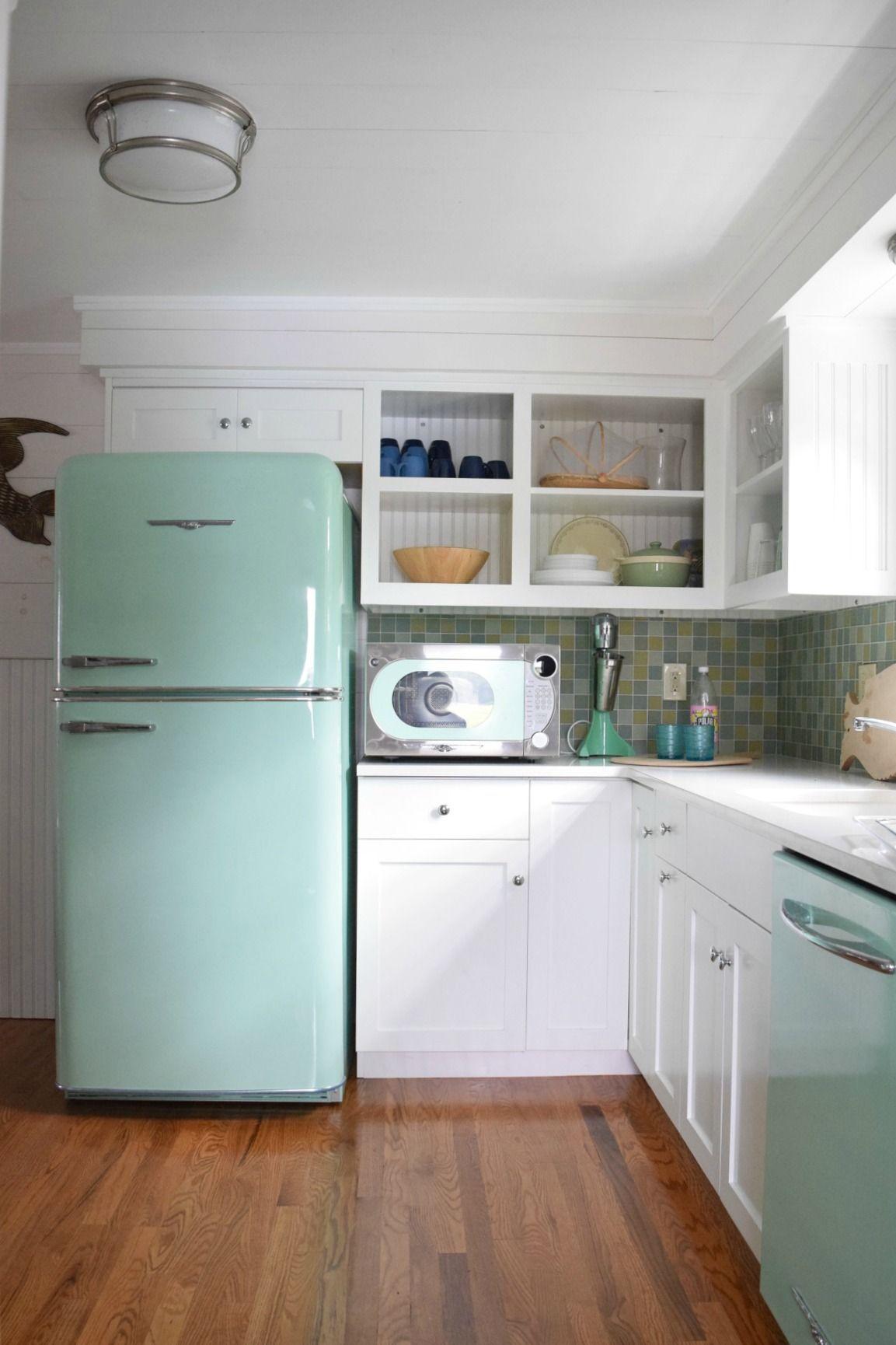 connecticut beach house tour and retro kitchen retro home decor
