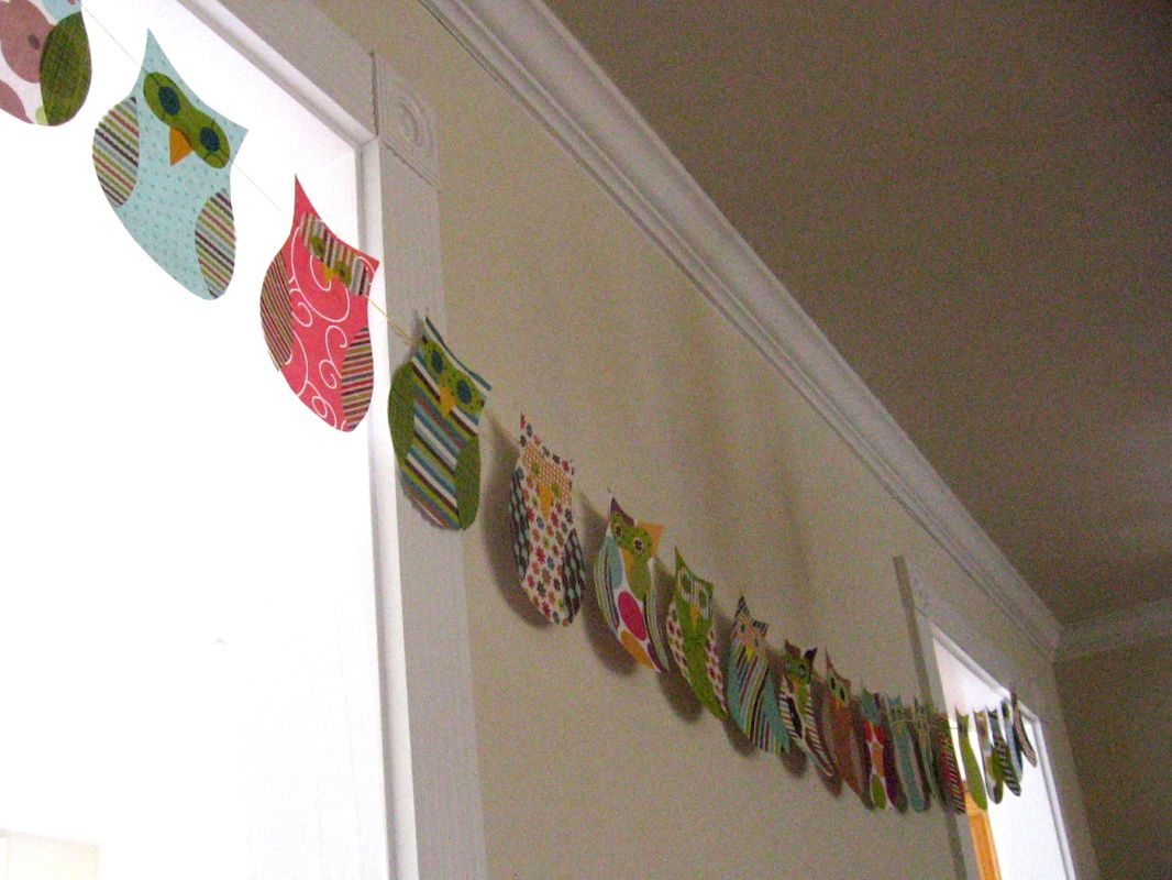 Owl baby shower decor owl themed baby shower decorations with scrapbook paper owl - Owl themed bathroom decor ...