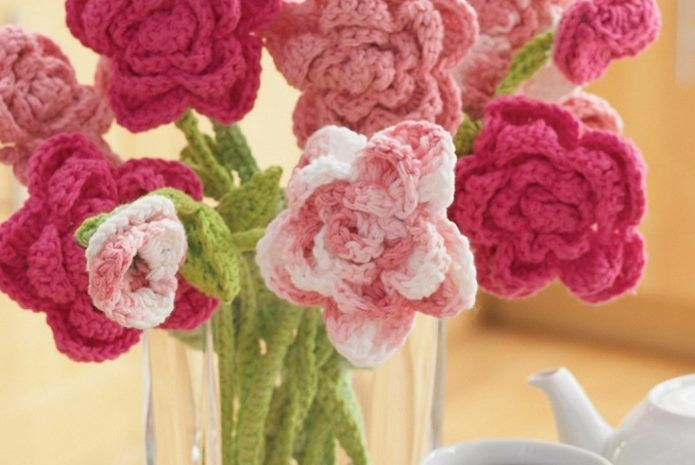 Rose Bouquet Free Crochet Pattern - 11 Easy and Simple Free Crochet Flower Patterns and Tutorials
