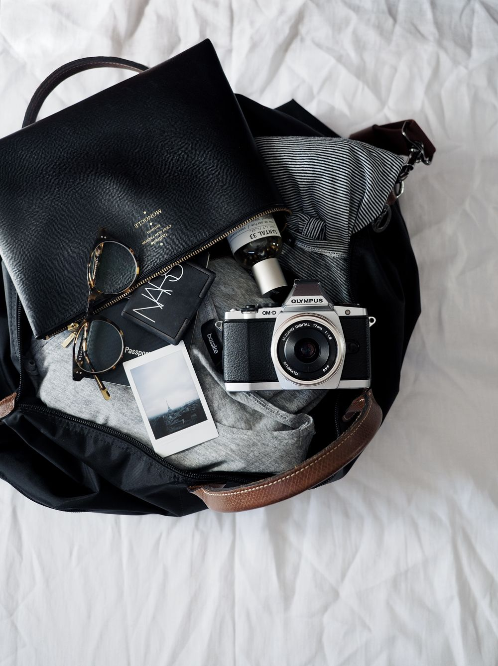 How to Pack for a Holiday Without Sacrificing Style