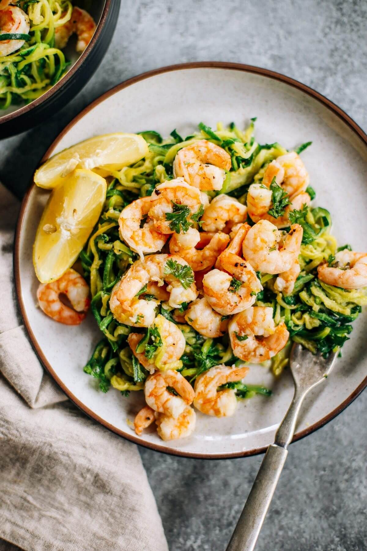 Whole30 Zucchini Noodles With Lemon Garlic Shrimp An Easy And Delicious Weeknight Dinner Who S Ready For Paleo Chicken Dinner Cheap Paleo Meals Paleo Dinner