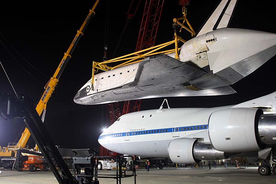 Space shuttle Endeavour arrives in Los Angeles Space